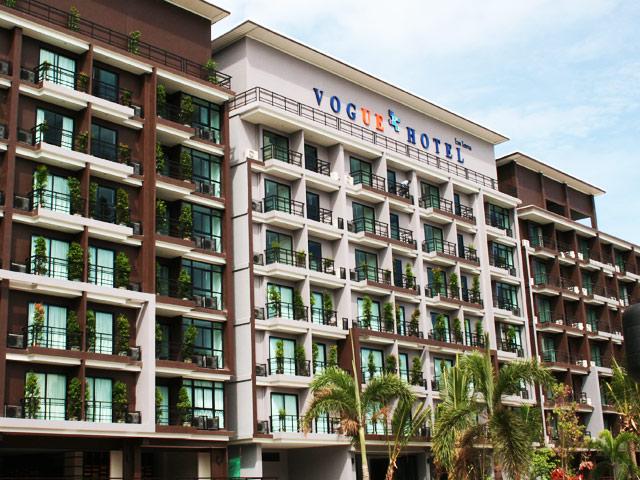Außenansicht des Vogue Hotels in Zentral Pattaya.
