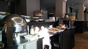 Frühstücksbuffet im Verandah Hotel in Ao Nang