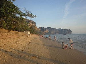 Am Ao Nang Beach (Provinz Krabi)