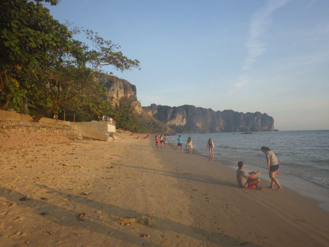 Am Ao Nang Beach (Provinz Krabi)
