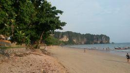 Der Strand von Ao Nang (Krabi)