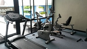 Cardio-Equipment im Vogue Hotel, Pattaya