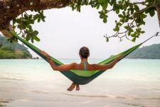 Entspannt den Urlaub in Thailand verbringen.