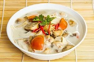 Tom Kha Gai Rezept mit Kokosmilch